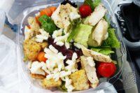 Leckerer Salat - mitten im Leben
